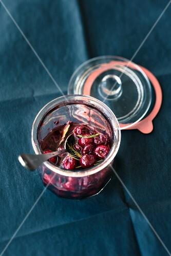 Caramel pepper cherries preserved in red wine