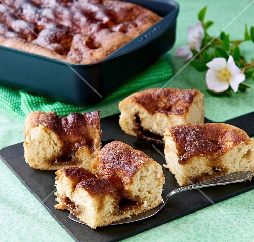 Danish Brunsviger cake made ​​with brown sugar