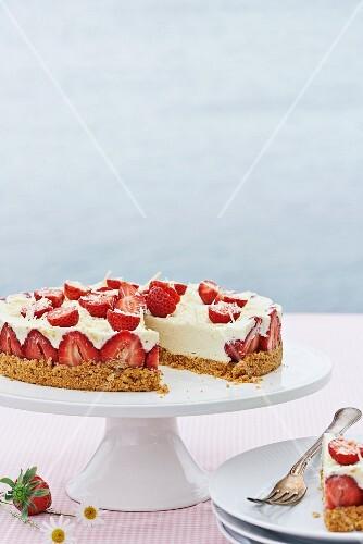 Strawberry and white chocolate cheesecake