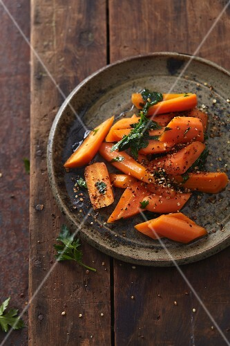 Vegan honey glazed carrots with hemp seeds