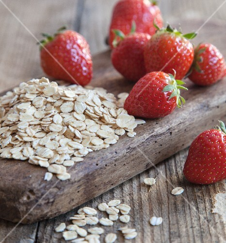 Oats and strawberries