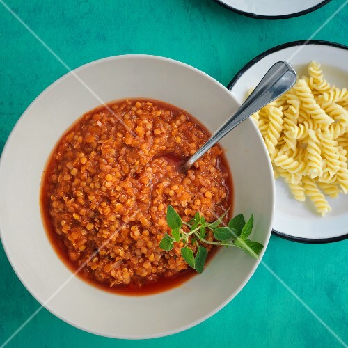 Vegan lentil Bolognese with oregano