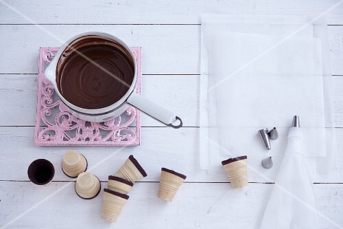 Chocolate sauces and cones
