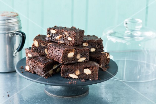 Toffee almond brownies (USA)