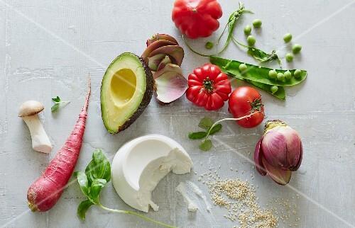 Colourful vegetables, mushrooms, ricotta and sesame seeds