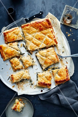 Spinach börek with olives and sheep's cheese (Turkey)