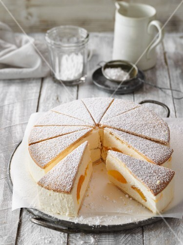 Classic creamy cheese cake with apricots