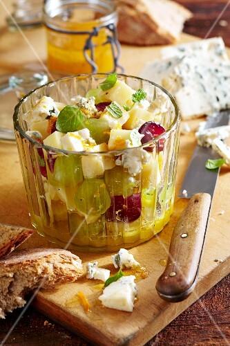 Fruity cheese salad