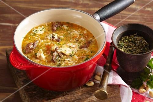 Sopa de menudillos de pollo (chicken giblet soup, Barcelona)