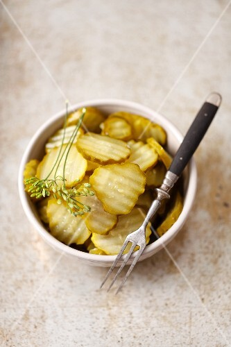 Pickled sweet-and-sour cucumbers