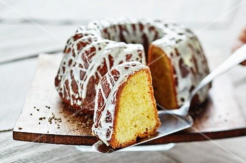Anise Bundt cake
