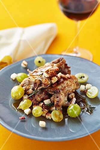 Quail with grapes