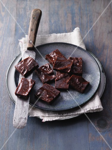 Chocolate fudge with banana and coconut oil