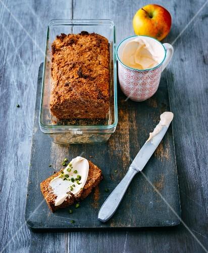 Gluten-free apple bread with a sea buckthorn quark spread