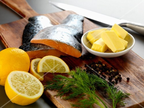Ingredients for salmon fillet with lemon and dill