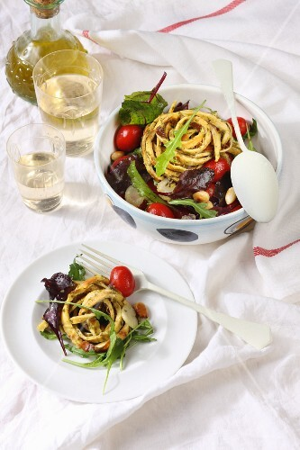 Salad with herb omelette noodles