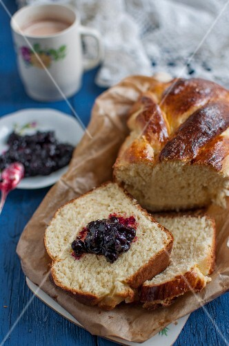 Sweet bread plait with jam