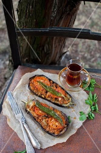 Karniyarik (stuffed aubergines with minced lamb, tomatoes and green chillis, Turkey)