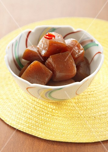 Konjac braised in a spicy soy sauce
