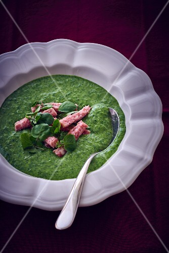 Watercress soup with Mettwurst (raw minced pork spread)