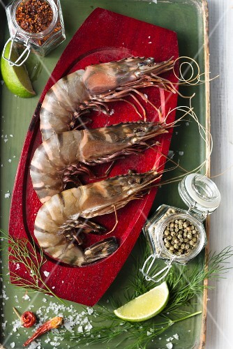 Raw prawns with spices and herbs