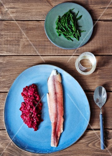 Beetroot risotto with smoked fish