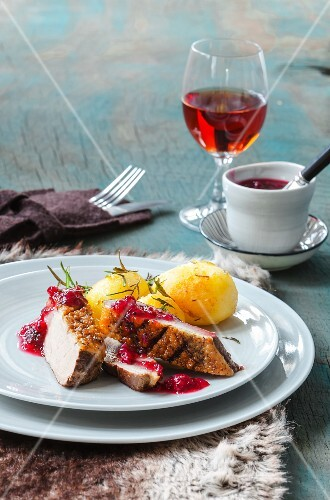 Duck breast with redcurrant chutney and potato dumplings
