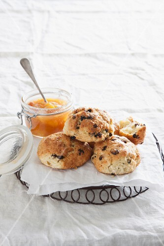 Scones with peach soup