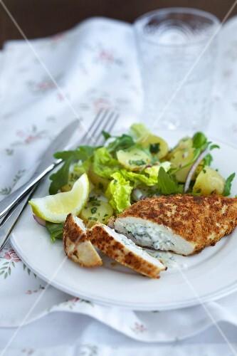 Stuffed chicken breast with potato salad