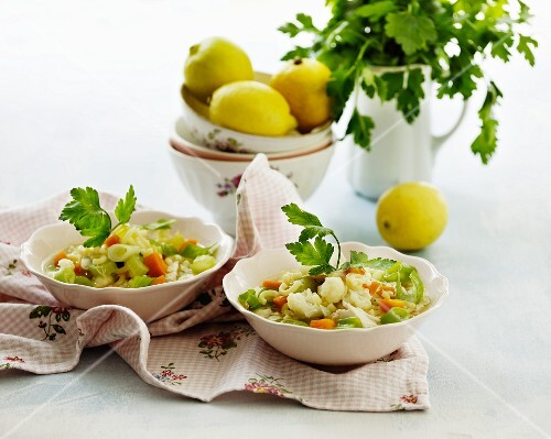 Vegetable soup with parsley and lemons