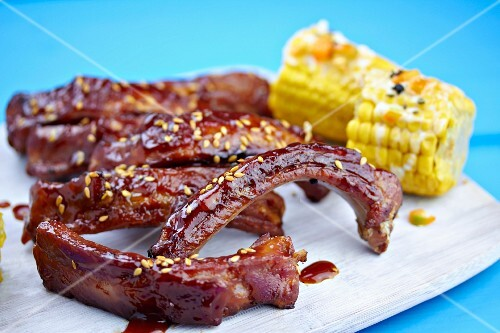 Grilled spare ribs with corn cobs
