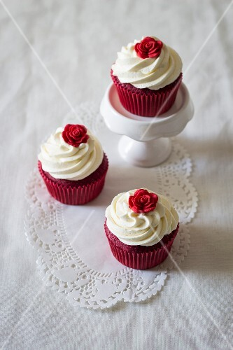 Red Velvet cupcakes for Valentine's Day