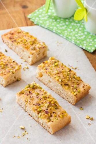 Honey cake with pistachio nuts