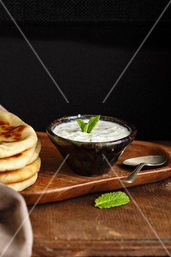 Pita bread with tzatziki