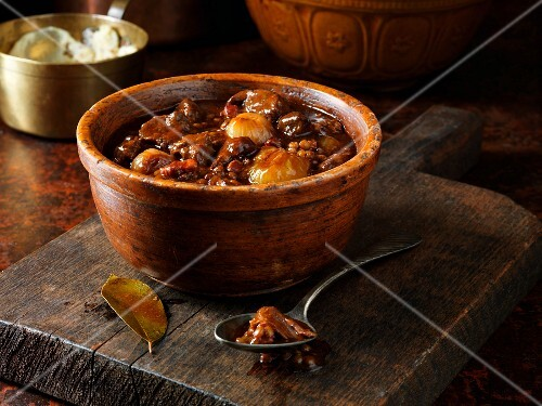 Slow cooked beef in a red wine gravy