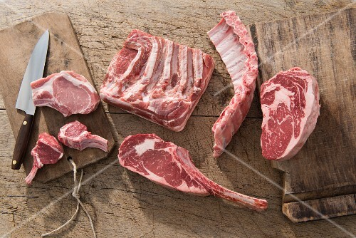 Various pieces of meat for barbecuing