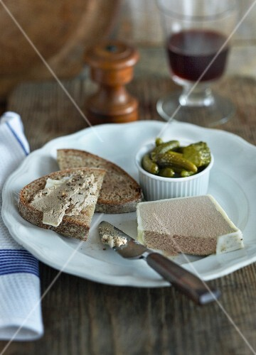 Bread with chicken liver pâte and gherkins