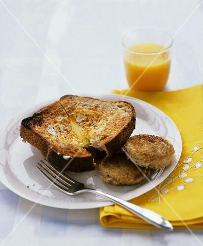 French toast with orange juice