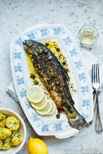Fried trout with capers and parsley potatoes