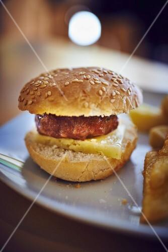 A mini hamburger as a tapa