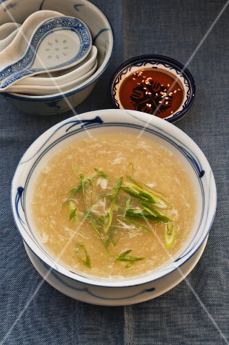 Egg Drop Soup with spring onions (Asia)