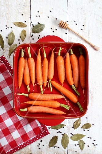 Carrots in a red baking dish