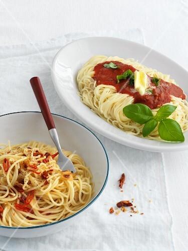 Spaghetti aglio olio and cappellini al pomodoro