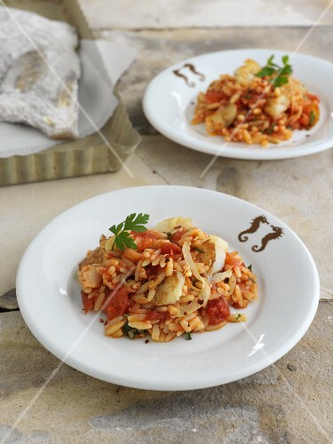Risoni with stockfish and tomatoes