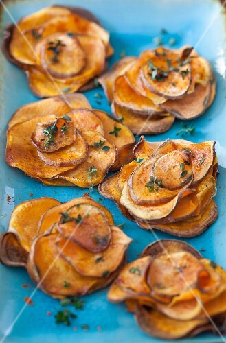 Baked sweet potato slices with fresh thyme