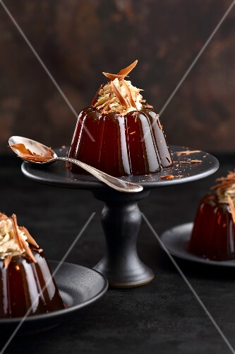 Coffee jelly with cream and grated chocolate