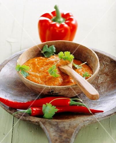 Mojo rojo (chilli sauce, Canary Islands)