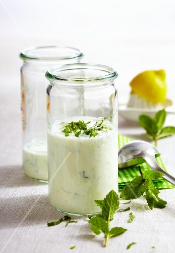 Yoghurt and lemon dressing with mint