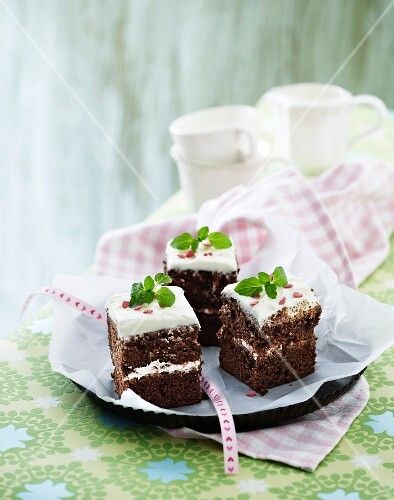Brownies with cream cheese frosting and sugar hearts