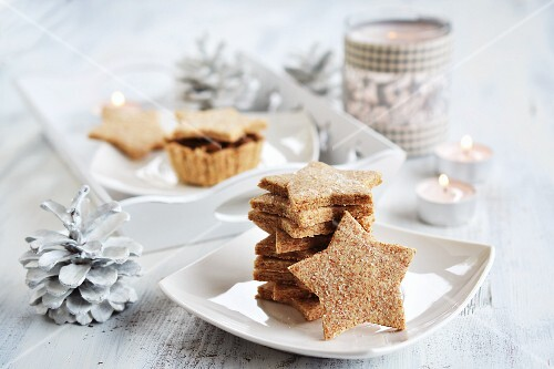 Salty, star-shaped Christmas biscuits